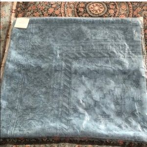 """Pottery Barn Pillow Cover 22"""" x 22""""  Blue"""